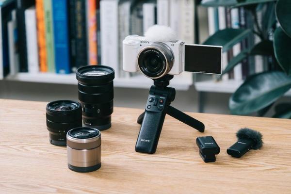 赋能创作者 索尼发布新款Vlog微单相机ZV- E10