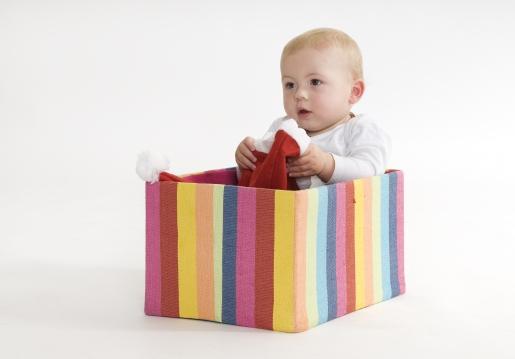 为什么宝宝老是喜欢扔东西?儿科医生是这么回答的