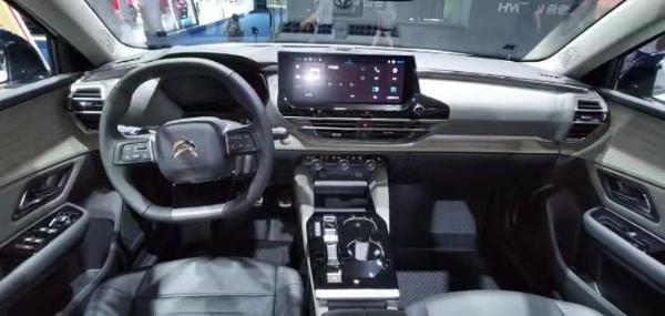 2021成都车展:东风雪铁龙凡尔赛官方改装版正式亮相