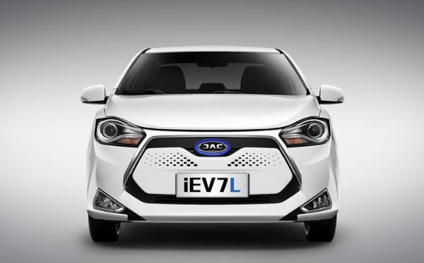 新款江淮iEV7L正式上市 售价区间10.95-11.10万元