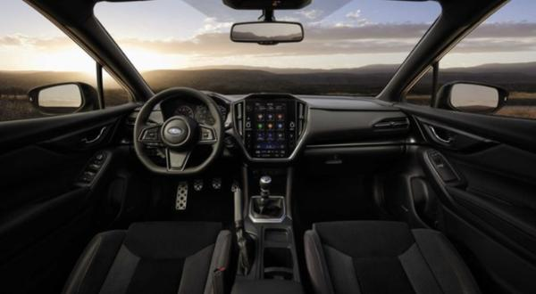 斯巴鲁WRX官图发布 搭2.4T发动机/明年上市