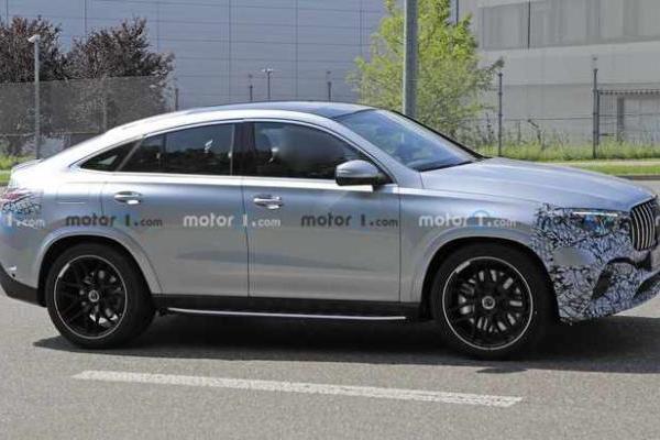 新款奔驰GLE轿跑版谍照 前脸变化大 动力不变