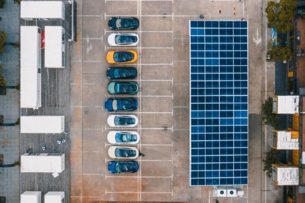太原能源低碳发展论坛开幕,特斯拉详解节能减碳经验