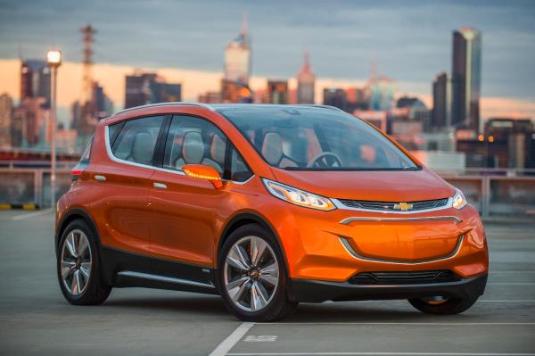 2015-Chevrolet-BoltEV-Concept-exterior-001.jpg