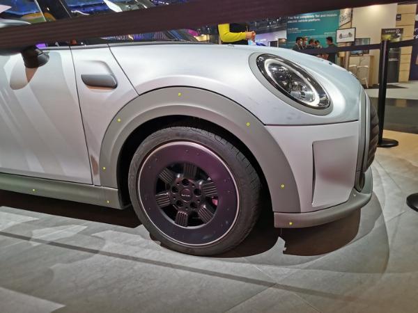2021慕尼黑车展:MINI STRIP定制版实车亮相