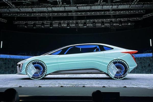 极具东风美学,上汽鲲概念车将于10月1日亮相