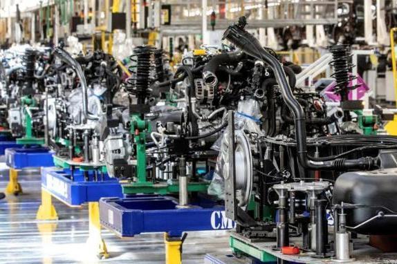 雷诺计划在法国裁员2,000人,加速电动汽车转型