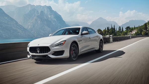 Maserati-MY19-Quattroporte-GTS-V8-183890M.jpg