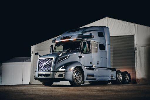 沃尔沃发布长途自动驾驶卡车原型 集成了Aurora Driver技术