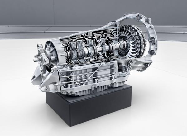 2021款梅赛德斯-奔驰V级正式上市 售价47.88万元起