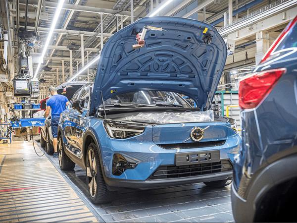 沃尔沃C40 RECHARGE量产下线 年内上市 未来将入华