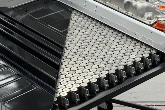 特斯拉展示采用4680电芯的新型结构性电池组