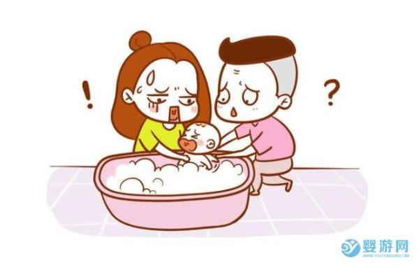 宝宝在家洗澡麻烦还会感冒
