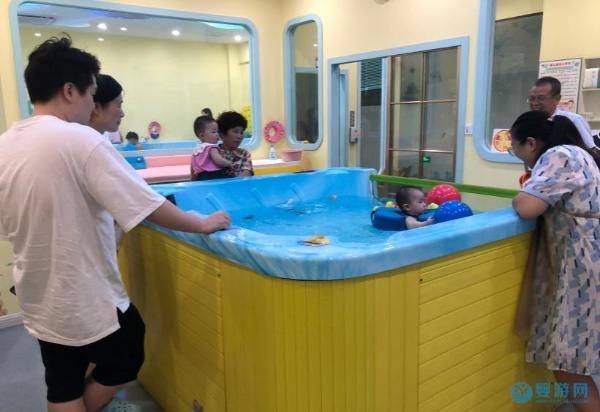 婴儿游泳排在第一,其他运动都比不了