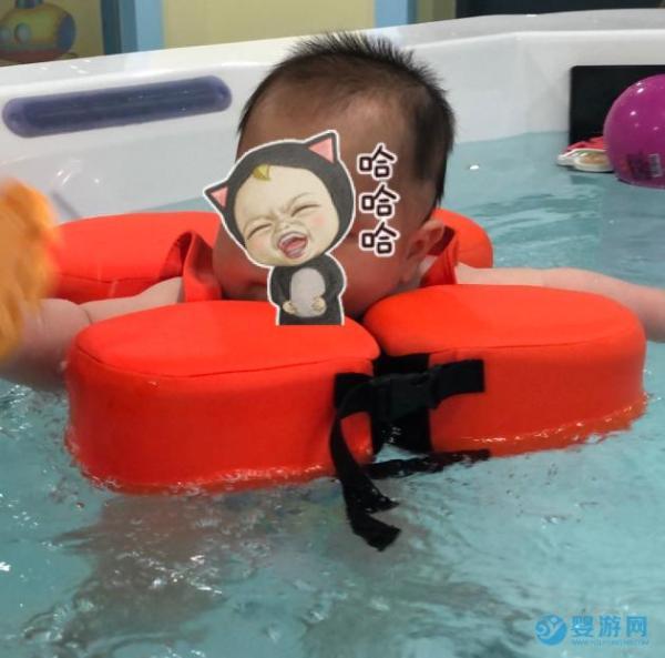 秋天婴幼儿游泳的好处