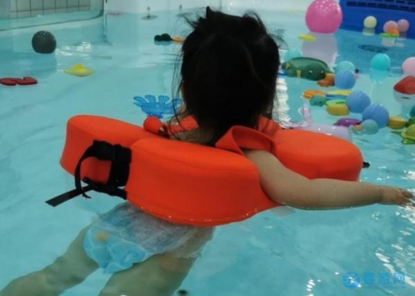 婴儿游泳馆游泳效果更明显