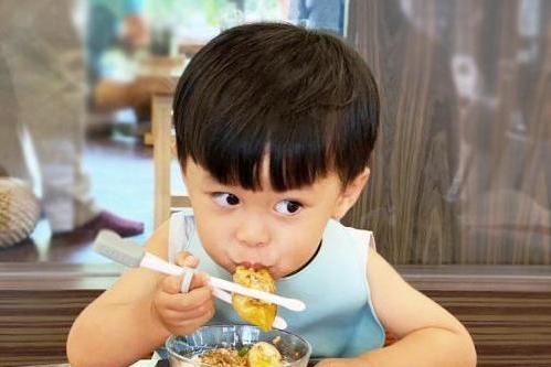 BÉABA新品儿童学习筷,亚洲宝宝的干饭神器