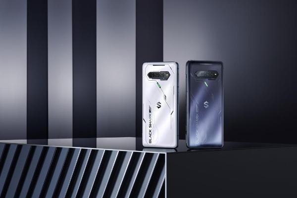 售价2699元起,黑鲨科技发布旗舰级游戏手机新品黑...