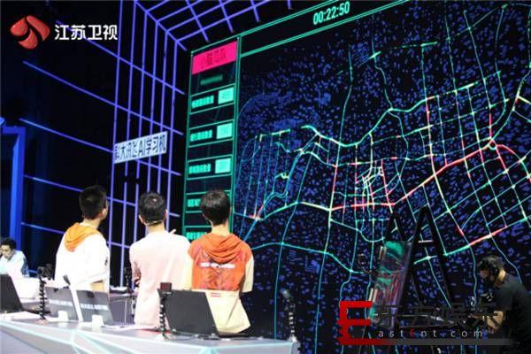 """""""超脑少年""""充当城市""""智慧大脑"""" 红绿灯背后的玄机你知多少?"""