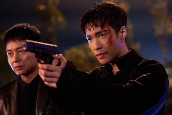 张艺兴《扫黑风暴》即将收官 林警官只身涉险为正义而战