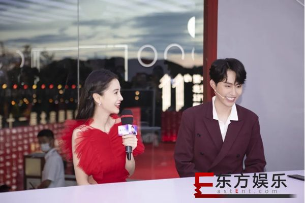 公益直播为中国电影加油,快手美妆首席星推官瑜大公子亮相北京国际电影节