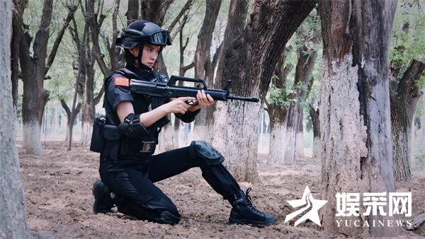 訾富尔《玫瑰利剑》燃爆杀青 塑造钢铁般特警战士 解锁特警新技能