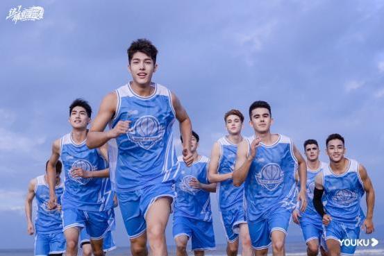 《这!就是灌篮》聚焦篮球少年 热血竞技引领大众审美