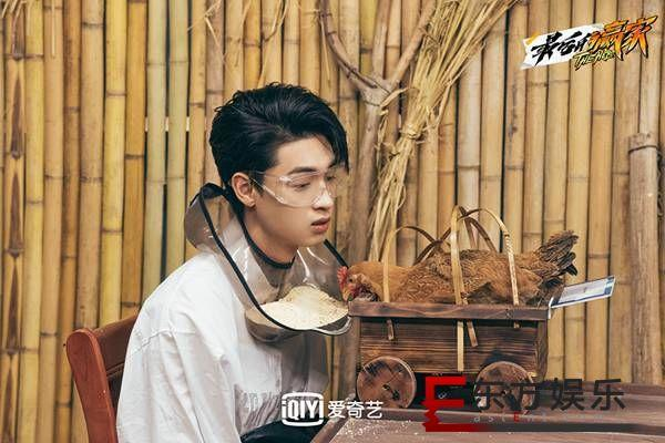 爱奇艺迷综季《最后的赢家》首播引热议 李易峰、IXFORM-唐九洲在八卦阵上打拳击