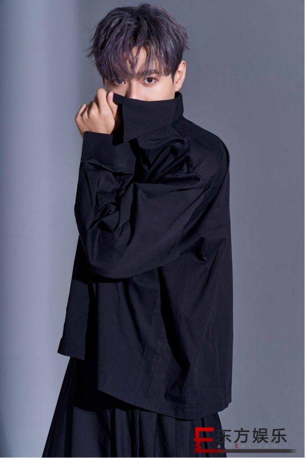 易柏辰走心演绎 励志单曲 《路人甲》 全新上线