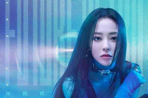 张靓颖生日直播新歌首唱 《天堂旅行团》