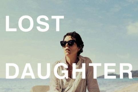 玛吉·吉伦哈尔导演处女作《暗处的女儿》北美院线与Netflix定档