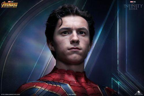 《复仇者联盟3:无限战争》推衍生品钢铁蜘蛛侠1/1胸像,售价22800元