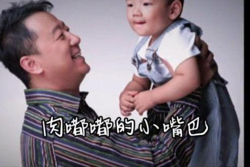 郭涛晒儿子成长纪录片,14岁石头身高已超妈妈,身材健壮阳光帅气