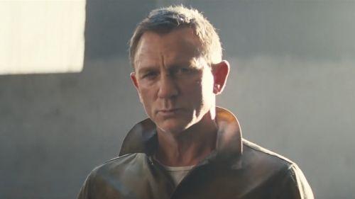 """《007:无暇赴死》曝光中字预告,开头字幕""""漫长等待终于结束"""""""