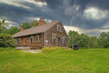 《招魂》背后的真实房屋再次进入市场:120万美元