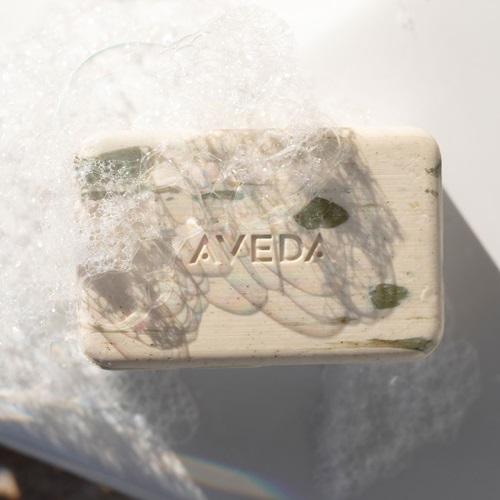 AVEDA「随行按摩梳」清爽夏日小发宝,支援每个重要时刻