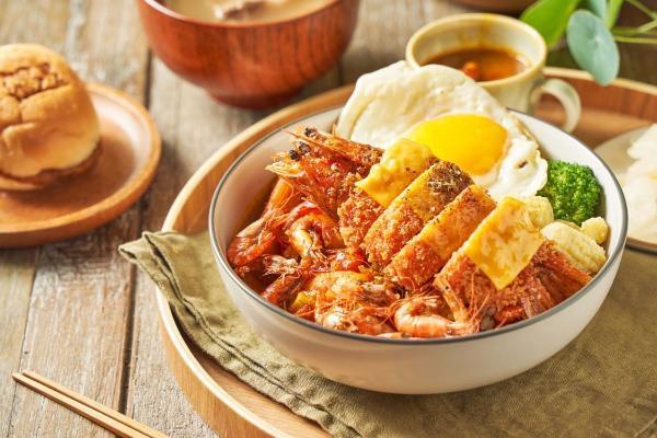 咖哩迷最新口袋名单!「温咖哩」异国香料+手工慢火炒制咖哩酱,加了北海道海胆超奢华!