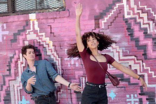 Netflix音乐剧改编电影《倒数计时》定档 安德鲁·加菲尔德又唱又跳