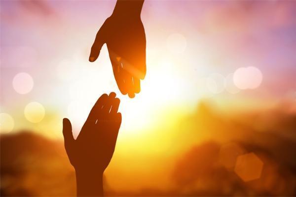 研究发现:晒太阳可以促进分泌睾丸激素,增强男女性欲