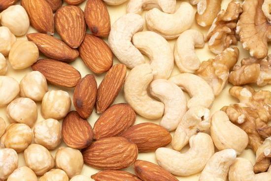 不用再担心吃坚果长胖!研究:摄入坚果不会导致体重增加