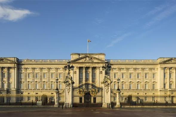 """菲利普亲王遗嘱将至少封存90年,为保英国女王""""尊严和地位"""""""
