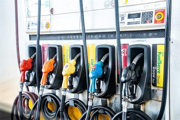 节前通知!今晚油价要涨了,加满一箱油将多花3.5元