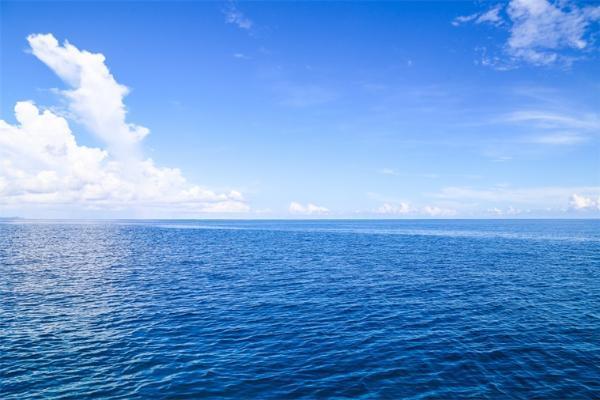 云层原来是这么产生的!海洋生物功劳不小,然而已有云层会阻止新云生成