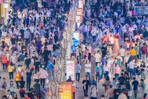 中国人变得越来越高!中国男性35年间平均长高9厘米,全世界增幅第一