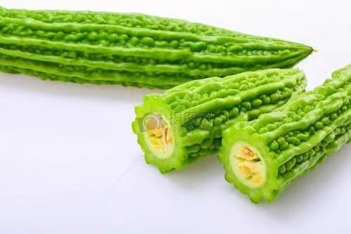 """《拜托了冰箱》吃""""瓜""""达人王嘉尔上线 博可探索男明星的隐藏食谱"""
