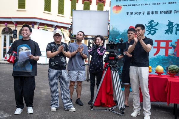 左起:演员马旭东、彭波、宋木子、桥曜娜、雷丰瑞、白玉.jpg