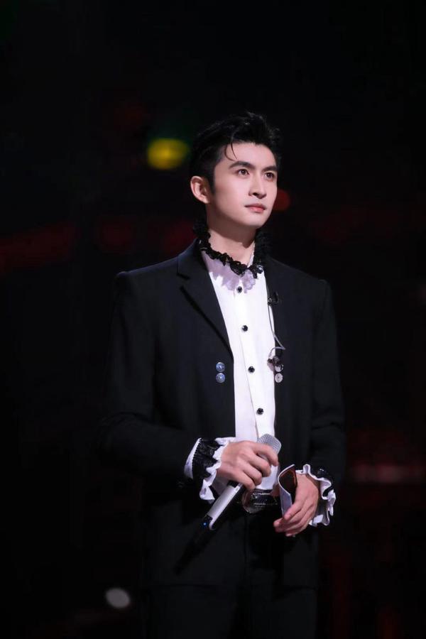 """张云龙迎作品爆发期 挑战唱跳最大的收获是""""谦让"""""""