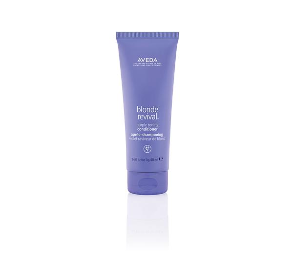 大自然的八倍净色力,秀发蜕变如新 ! 肯梦AVEDA系列产品巩固健康发质,建立三层发色守门员 !