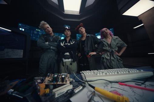 PANTHEPACK 最新单曲《BUZZ》MV正式上线