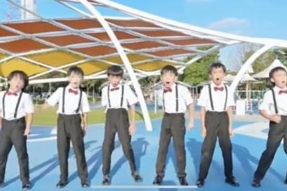 10后小朋友用rap表白祖国